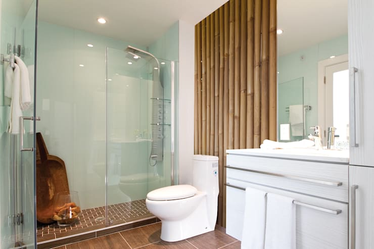 Bamboo: modern Bathroom by Pixers