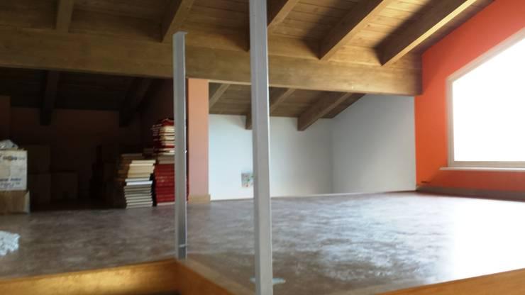 Living room by DBIOSTUDIO , Classic