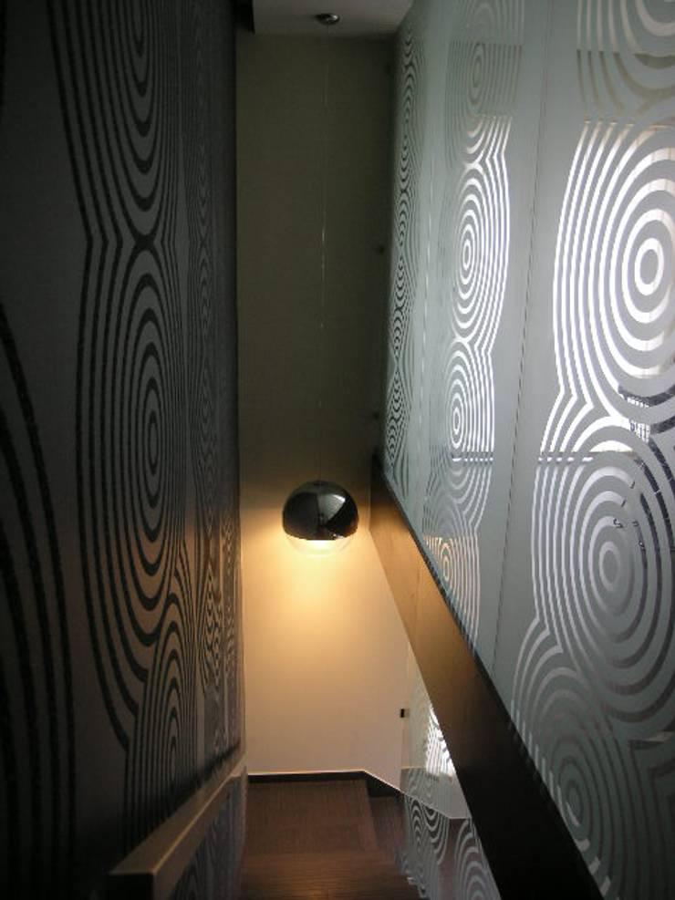 Escritório de Advogados 2007: Escritórios  por Atelier  Ana Leonor Rocha
