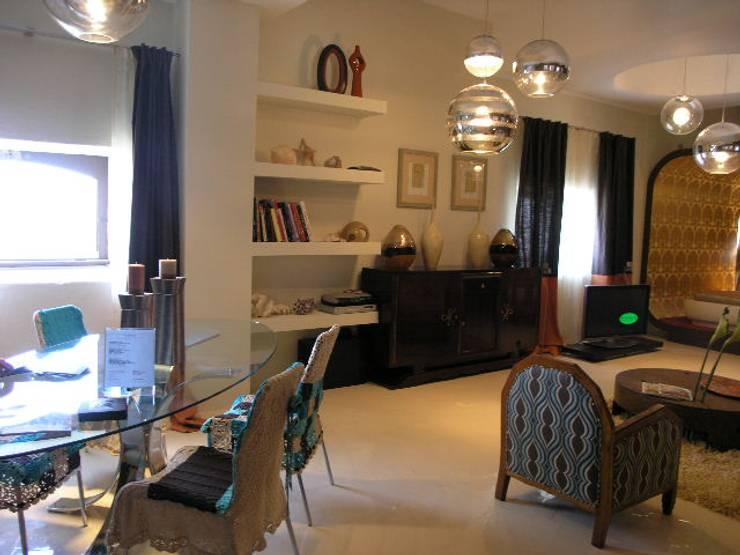 CASA DECOR 2006 .Faro: Salas de estar  por Atelier  Ana Leonor Rocha