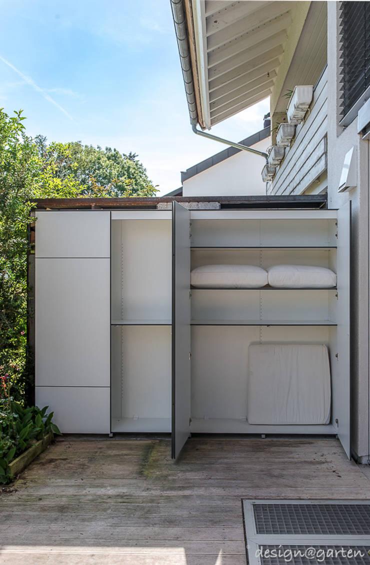 schrank fur terrasse. Black Bedroom Furniture Sets. Home Design Ideas