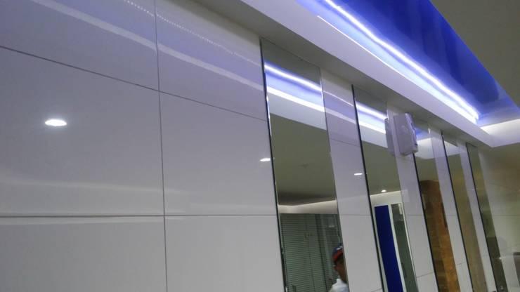 Commercial Spaces by BIANGULO DISEÑO Y CONSTRUCCION S.A.C.