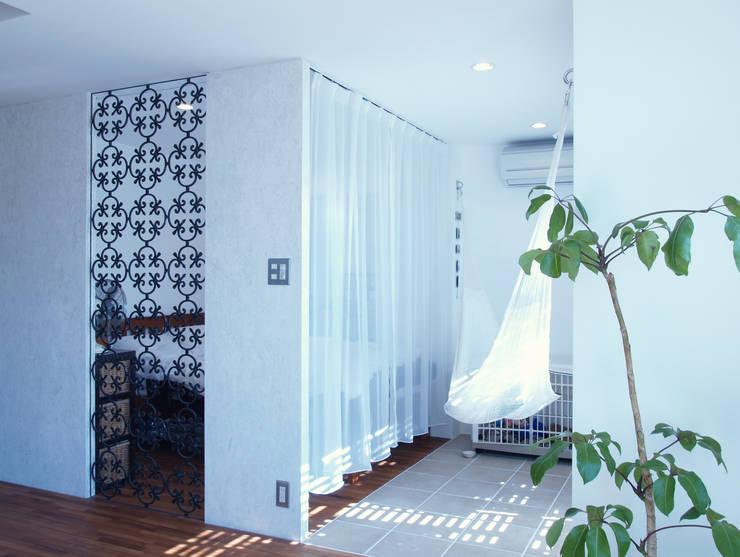 modern Bedroom by 株式会社ブルースタジオ