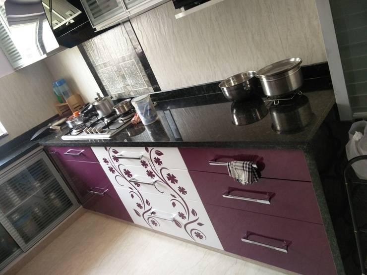 Kitchen slab: modern Kitchen by Shape Interiors