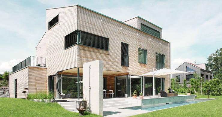 Terrasse de style  par Unica Architektur AG