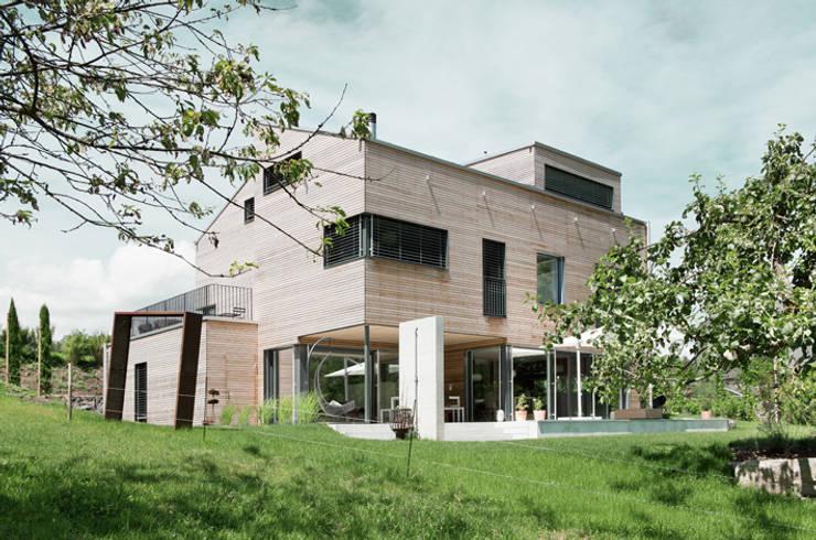 Projekty,  Domy zaprojektowane przez Unica Architektur AG