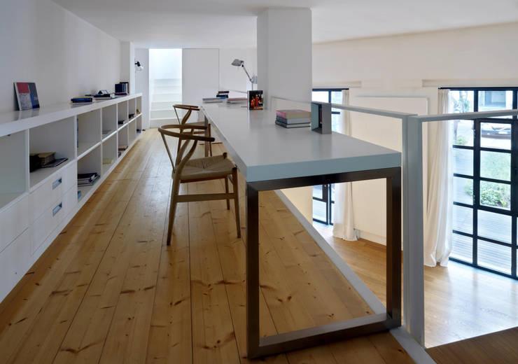 Loft - via Maiocchi - Milano: Studio in stile  di Fabio Azzolina Architetto