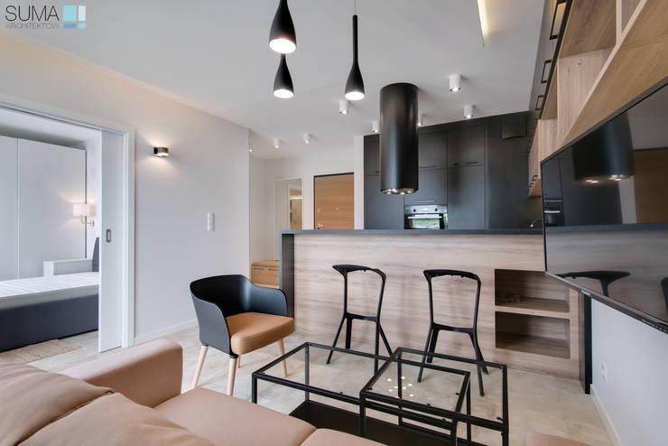 SALT_ONE: styl , w kategorii Salon zaprojektowany przez SUMA Architektów