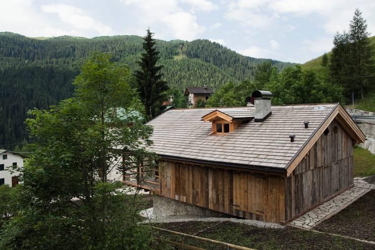 Maisons de style  par ALDENA, Scandinave Bois Effet bois