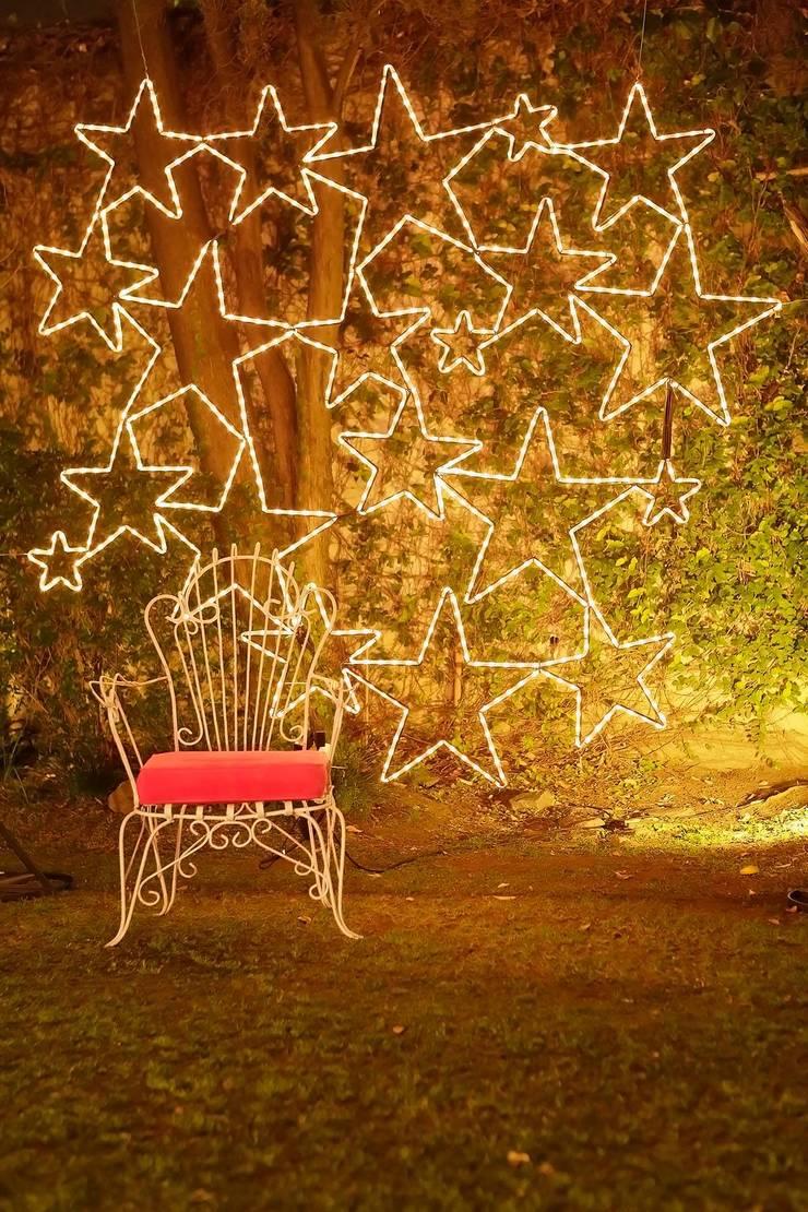 Panel de Estrellas luminosas: Jardines de estilo  por Algo de Mi