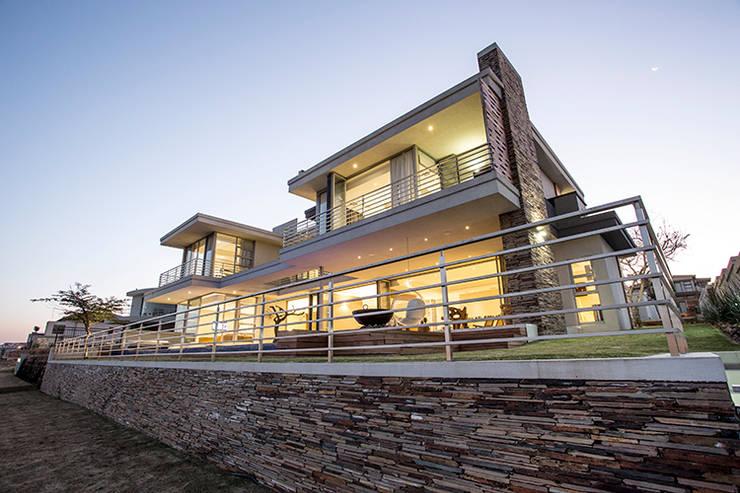Terrazas  de estilo  por FRANCOIS MARAIS ARCHITECTS