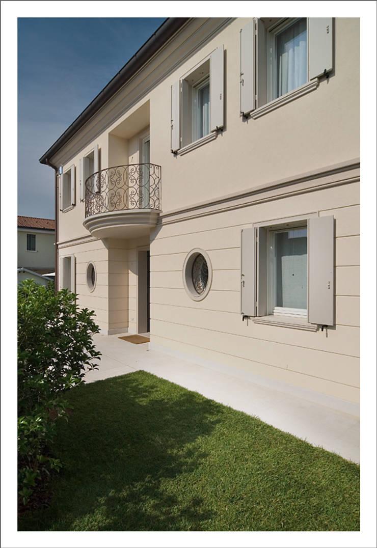 Casas modernas de ALDENA Moderno