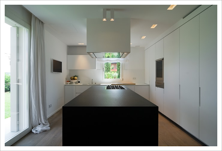 Kitchen by ALDENA, Modern