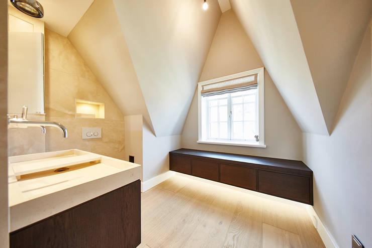 Projekty,  Łazienka zaprojektowane przez SALLIER WOHNEN SYLT