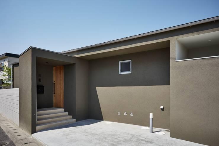 Casas de estilo minimalista de toki Architect design office Minimalista Madera Acabado en madera