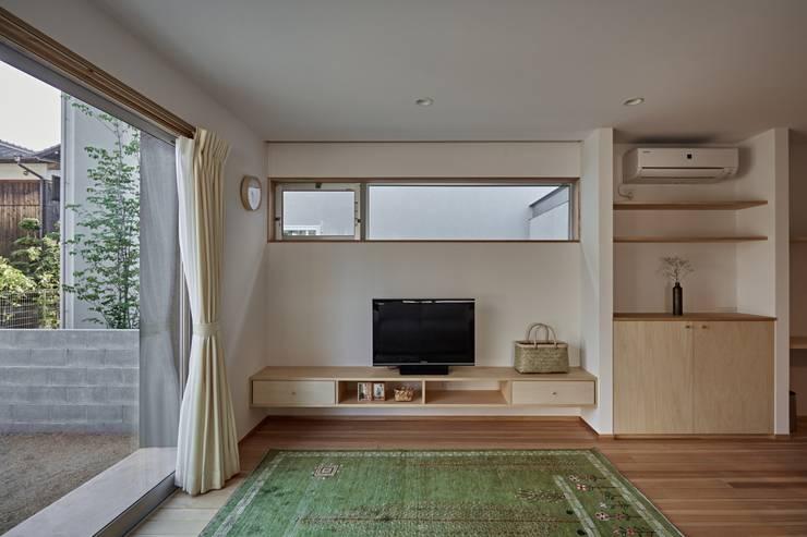 Phòng khách by toki Architect design office