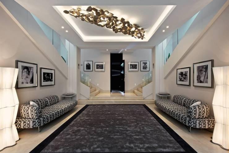 Casa Alegra Project in Andaluzia: Sala de estar  por Serip