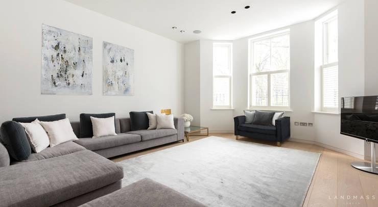Phòng khách by Landmass London