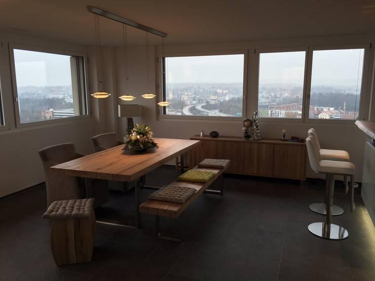 REEMA Massivholz Esstisch. Modern Living Room By SOLIDMADE | Design  Furniture