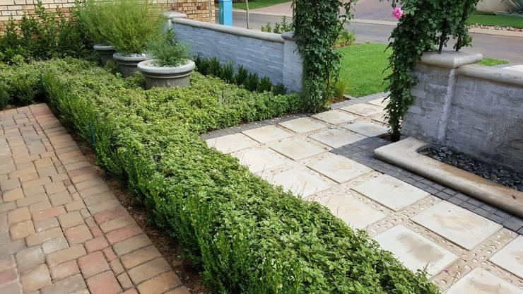 Woodhill:  Garden by Gorgeous Gardens
