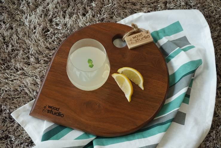 월넛 물고기 도마: 홍스목공방의  주방
