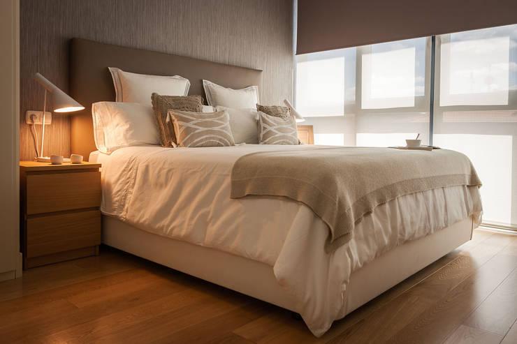 Dormitorios de estilo  por Estibaliz Martín Interiorismo