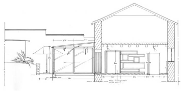 Maison au piano noir: Salon de style  par Agence d'architecture intérieure Laurence Faure