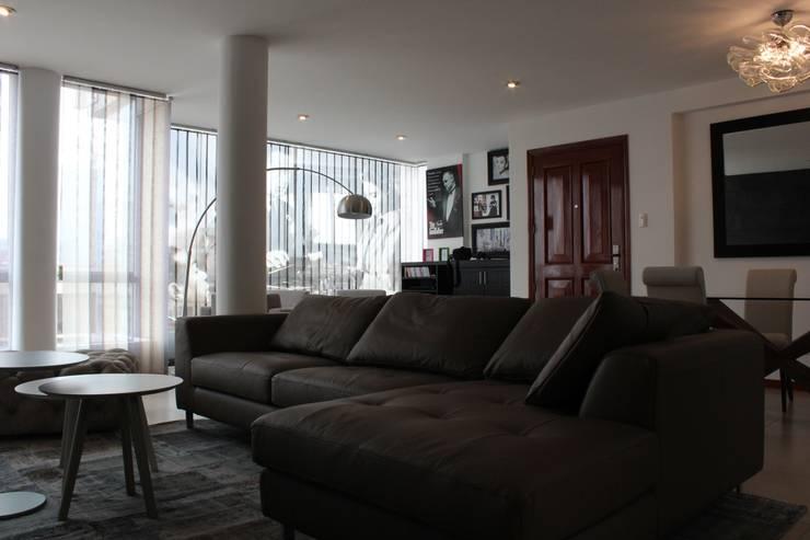 Living room by Soluciones Técnicas y de Arquitectura