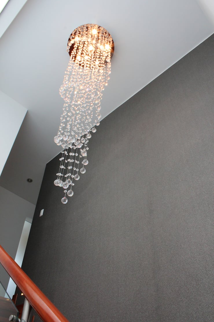 Pasillos y hall de entrada de estilo  por Soluciones Técnicas y de Arquitectura , Minimalista Vidrio