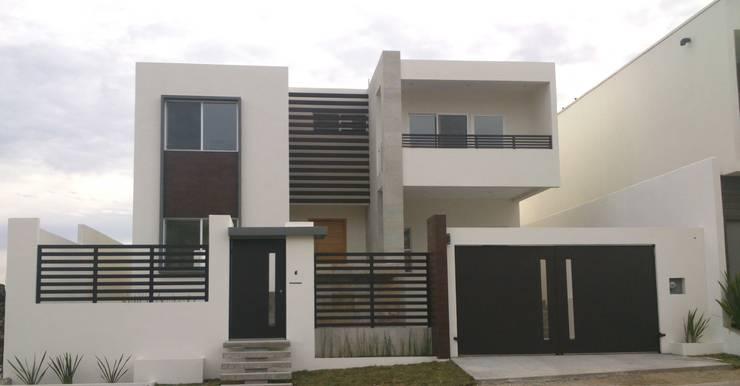 Casa Monterrey: Casas de estilo  por EL arquitectos