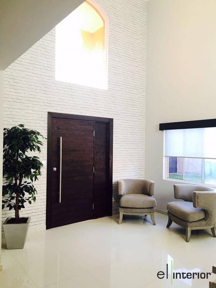 Casa Hacienda Del Mar: Pasillos y recibidores de estilo  por el interior