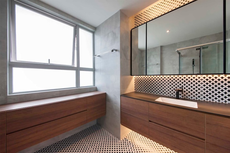 THE TESSARINA:  Bathroom by Eightytwo Pte Ltd
