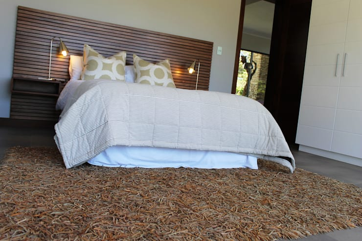 Guest Bed:  Bedroom by Margaret Berichon Design