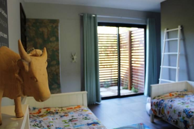 Simbithi Eco Estate 2:  Nursery/kid's room by Margaret Berichon Design
