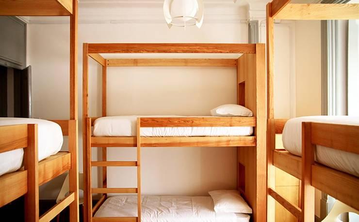 Bedroom by Tralhão Design Center