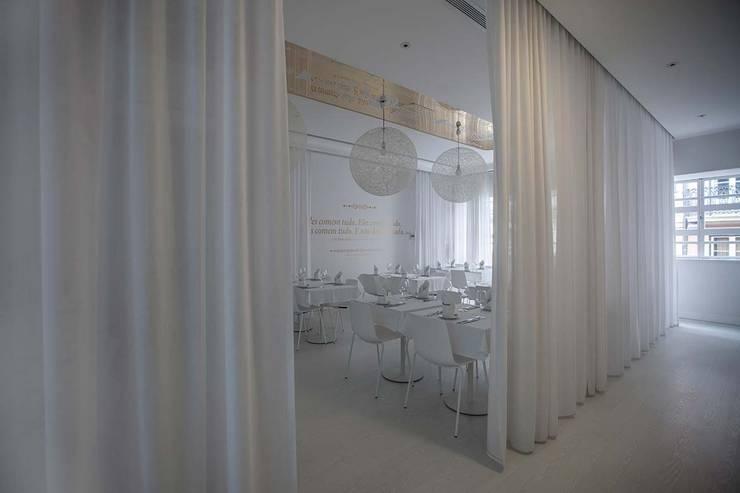A BRASILEIRA: Espaços de restauração  por Tralhão Design Center