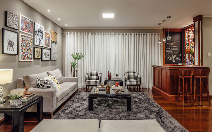 Living room by Ambientta Arquitetura