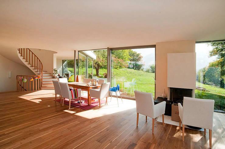 Living room by WSM ARCHITEKTEN