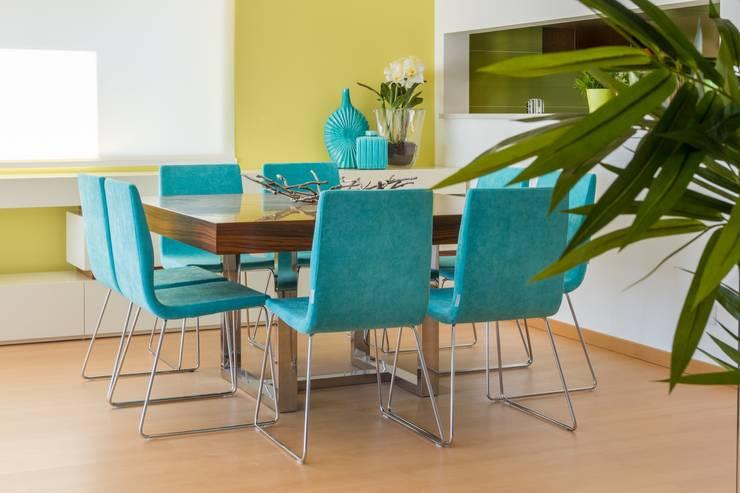 SALA DE ESTAR . INTERDESIGN: Sala de jantar  por Interdesign Interiores