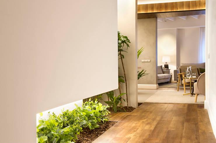Koridor dan lorong by Egue y Seta