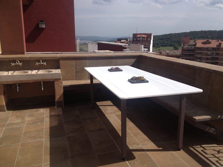 Terrazas de estilo  por CLAU21 INTERIORISMO Y CONSTRUCCIÓN