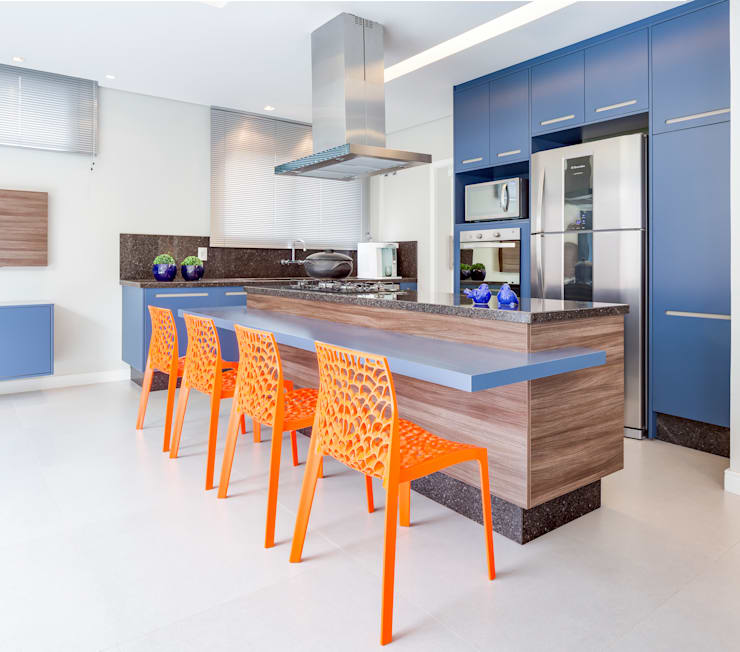 modern Kitchen by Angelica Pecego Arquitetura