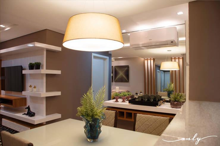 Comedores de estilo  por Only Design de Interiores