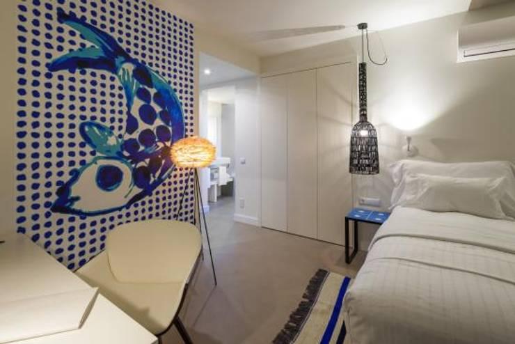 Pavimento em Microcimento: Hotéis  por 4Udecor Microcimento