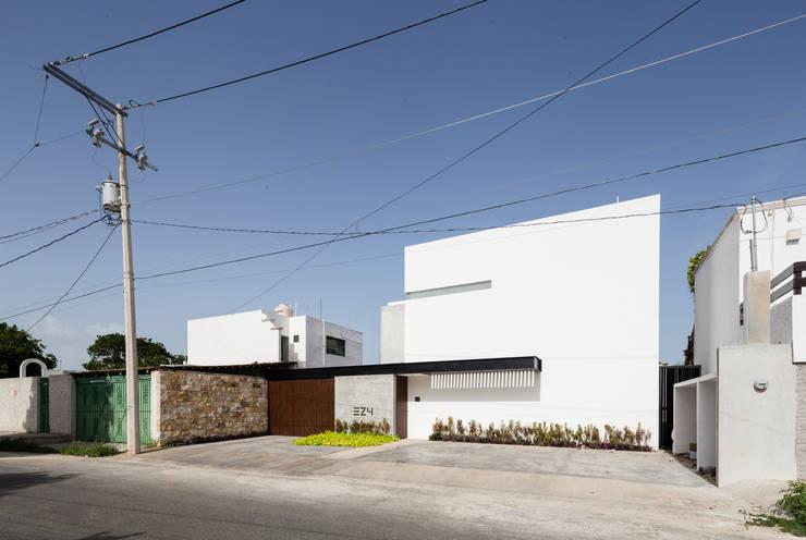 L: Casas de estilo  por P11 ARQUITECTOS