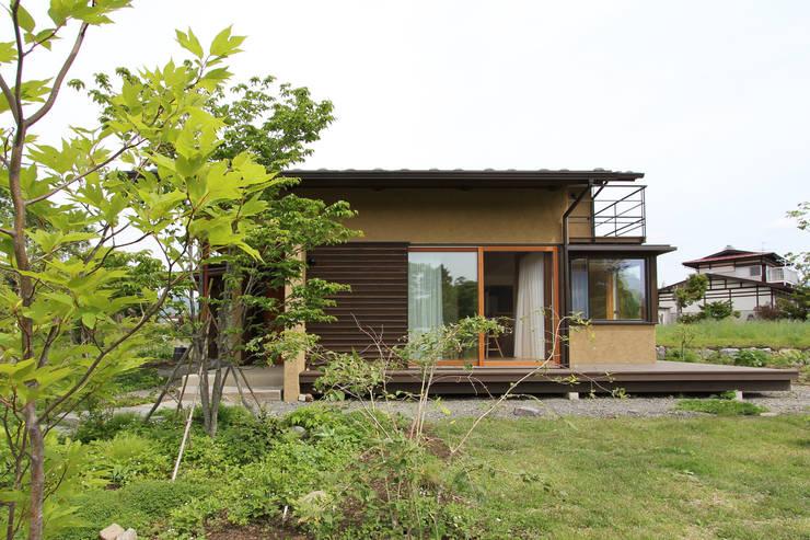 Jardín de estilo  por 藤松建築設計室