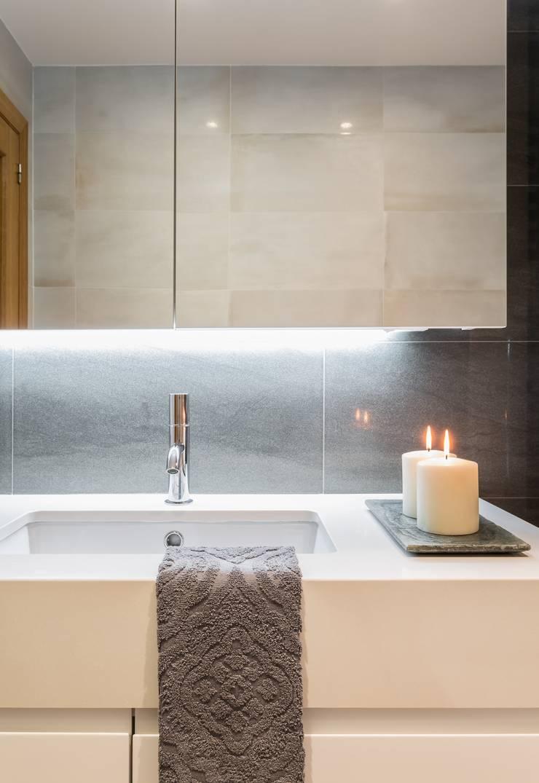 Ванные комнаты в . Автор – Laura Yerpes Estudio de Interiorismo,