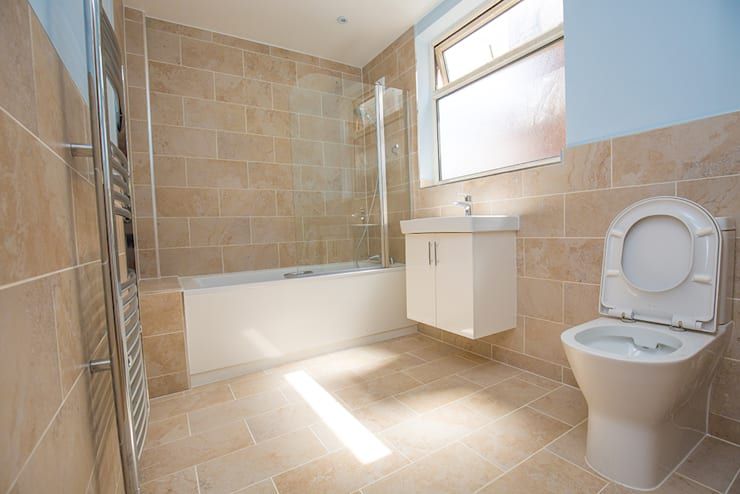 And a brand new bathroom whilst we're at it!: modern Bathroom by The Market Design & Build