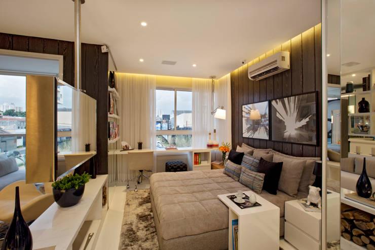 Phòng ngủ by Chris Silveira & Arquitetos Associados
