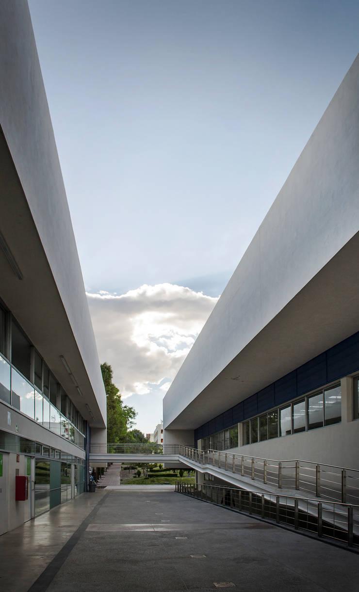 DAE / ARKYLAB :  de estilo  por Oscar Hernández - Fotografía de Arquitectura
